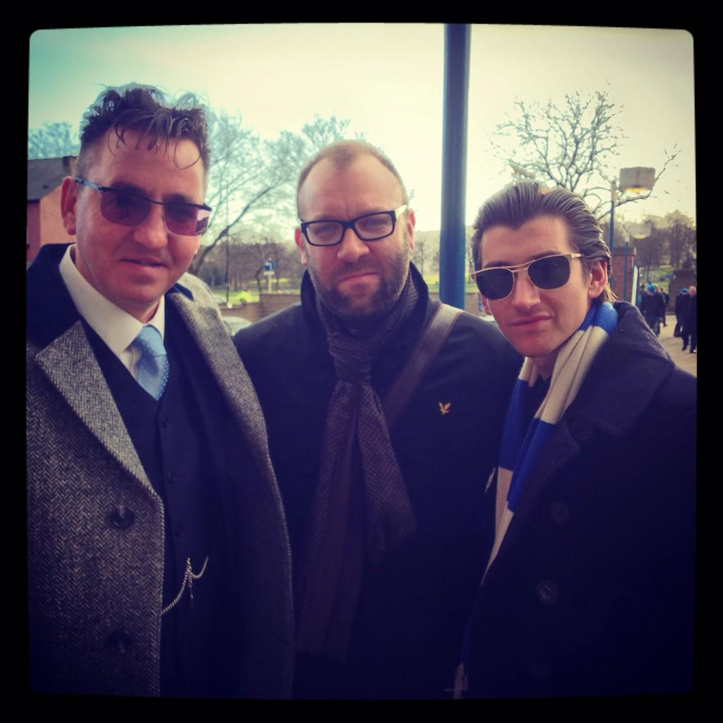 Richard Hawley and Alex Turner are at Hillsborough today watching #swfc http://t.co/Iub83E0LEJ