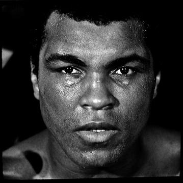 Mike Tyson (@MikeTyson): HBD to the greatest of all time @muhammadali http://t.co/GHaE0iRe1S