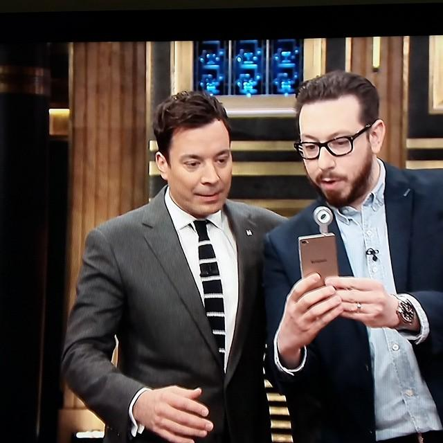 Hey look!! @lenovo 's selfie flash on Jimmy Fallon! #t4m #lenovoIN #lenovoCES #ces2015 http://t.co/CXvqSZqJEI http://t.co/8Q3HOHpCW6
