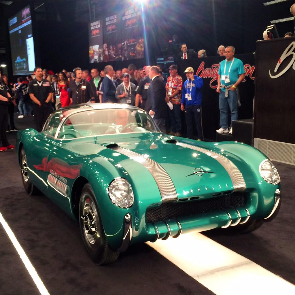 Most special concept car ever to survive! Lot #2500 1954 #Pontiac #Bonneville Special #BarrettJackson SOLD! $3 mil http://t.co/rON9a0g8tV