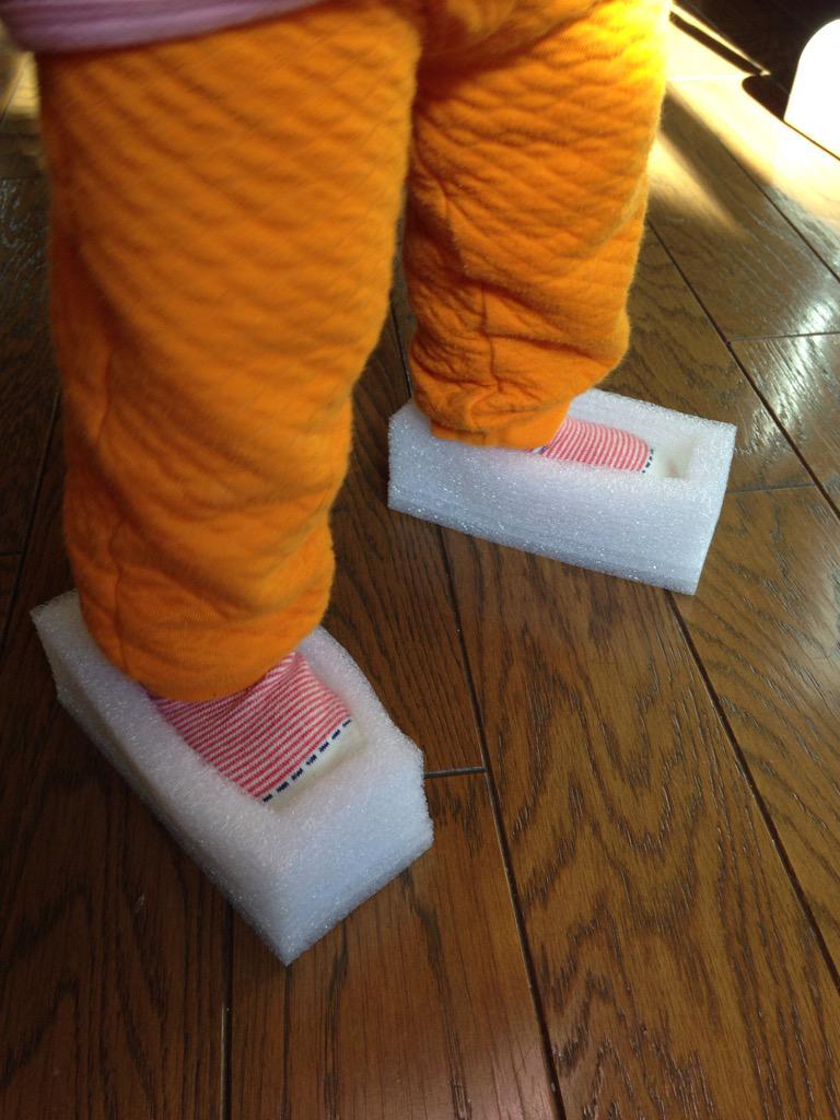 梱包材渡したら、靴になってた。ひなちゃん魔法使いw http://t.co/MoJcfpzXRN