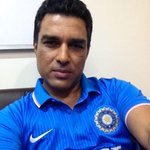 RT @sanjaymanjrekar: This India shirt so light & comfortable, If I had this then would not have been run out as much :) #Nike http://t.co/2…