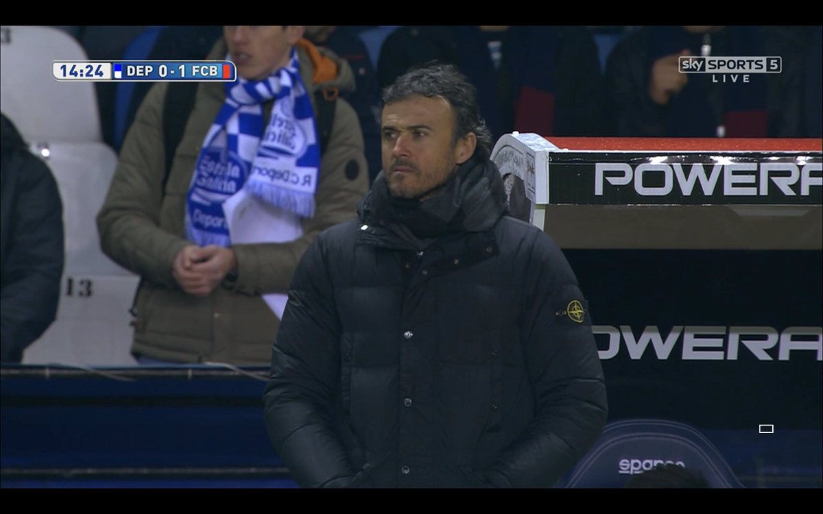 Strong casual look from Luis Enrique this evening #stoneisland http://t.co/orev70dRKm