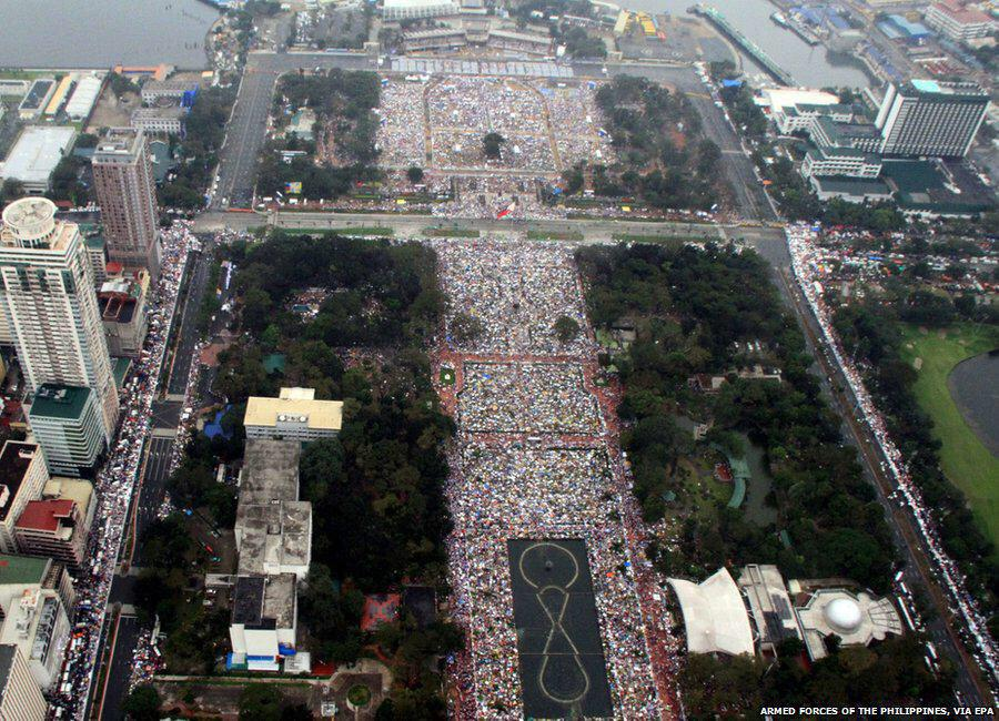 The largest Mass in history. #PopeFrancis drew record crowd of 6-7 million - http://t.co/6ZR2OGGisJ #PopeFrancisPH http://t.co/hD9OzCTL2v