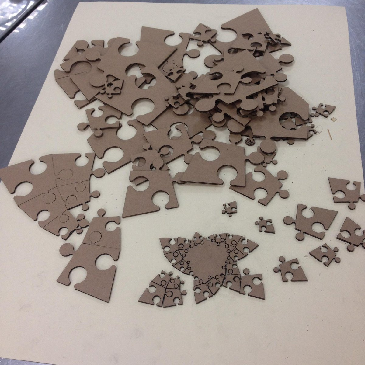 test Twitter Media - Who wants a puzzle? 80 fragile, nearly identical pieces! #makered #lasernightmare http://t.co/eQQxlgZTJR