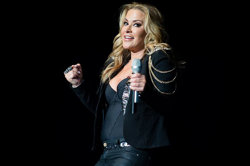 The press are spreading fake photos. Don't believe it. Here is what Anastacia really looks like:  #beautiful http://t.co/tjf5AM9tQE