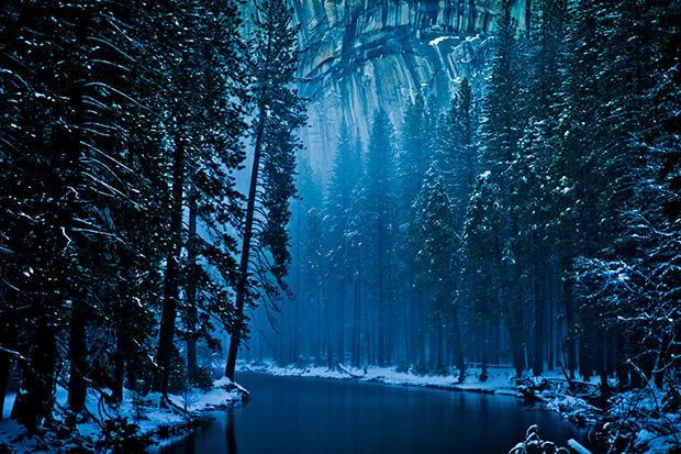 Winter Landscapes Make Yosemite Valley Look Like Narnia http://t.co/xGiXfWTPUc http://t.co/8eWfk2tME5
