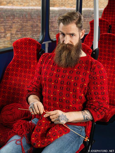 Knitters, you too can blend in on the bus... RT @Woollington1: http://t.co/5zsx4umNuh via @NeaveShackleton