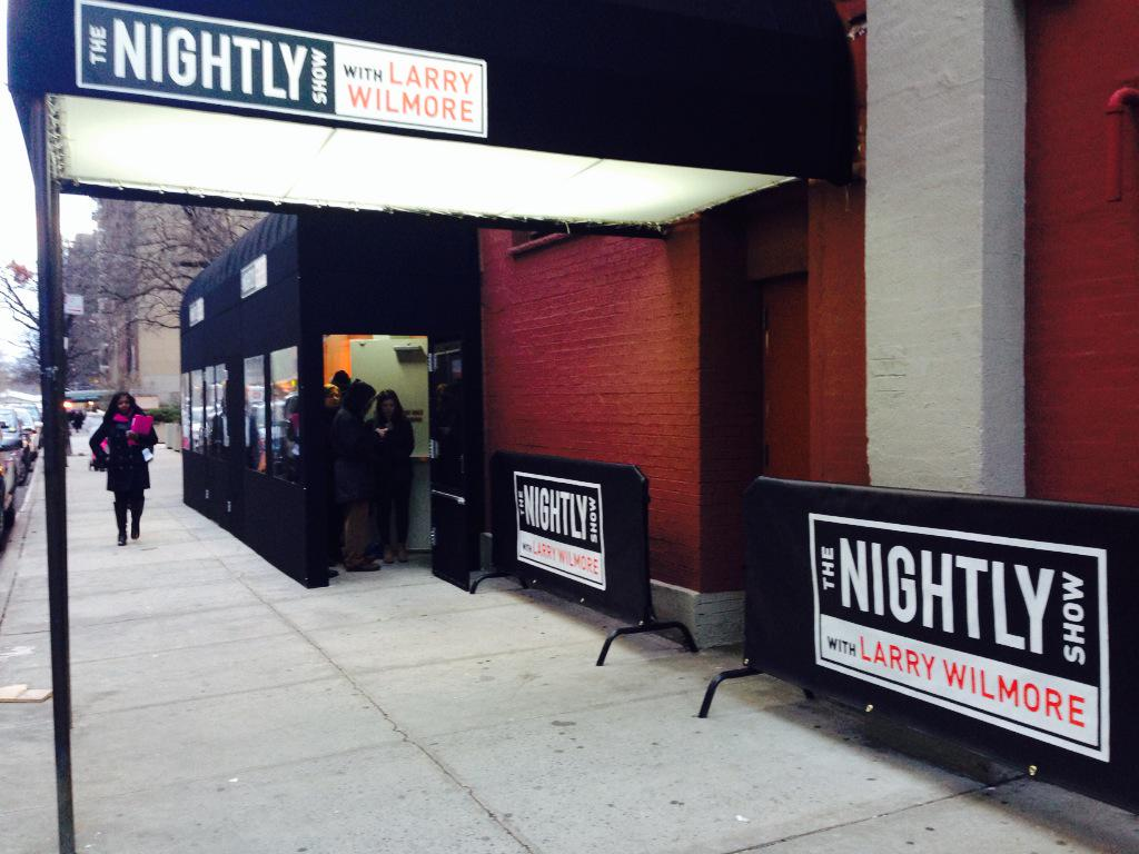 It's really happening! The @nightlyshow with @larrywilmore premieres tonight @ 1130p on @ComedyCentral #nightlyshow http://t.co/Qk9rLzCTbE