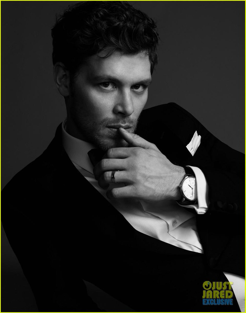 While you wait for #TheOriginals to begin, take a gander at the snazzy photos of @JosephMorgan http://t.co/kzn9okeNM4 http://t.co/klDEa0vkc6