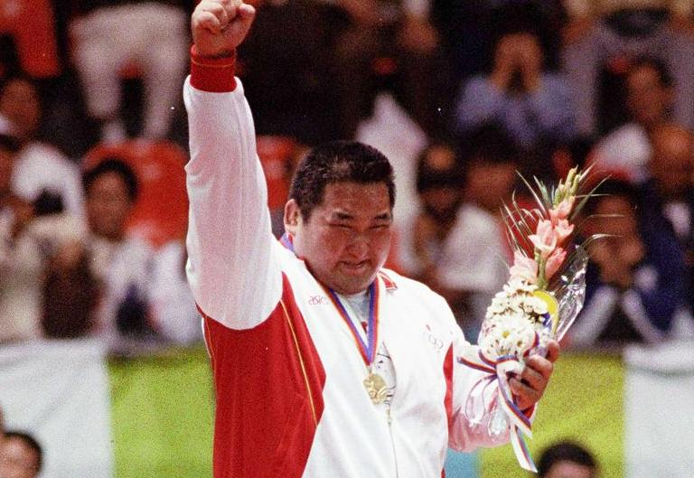 A great judoka passed away with double Olympic Champion Hitoshi #Saito http://t.co/4GDrpTmbU2 #RIP http://t.co/kEnhqzjJFt