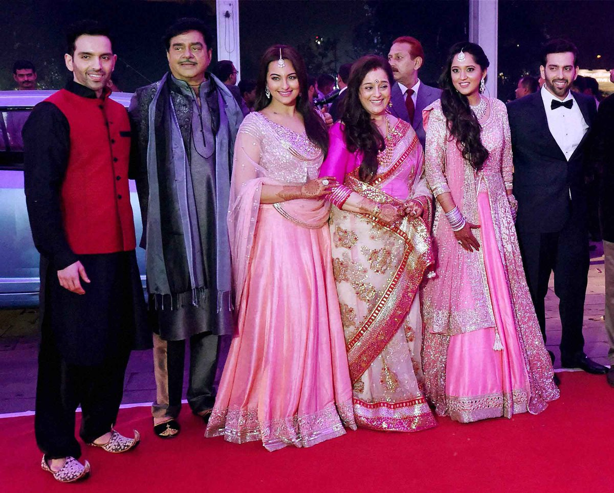 Check out @sonakshisinha and her family at her brother ...