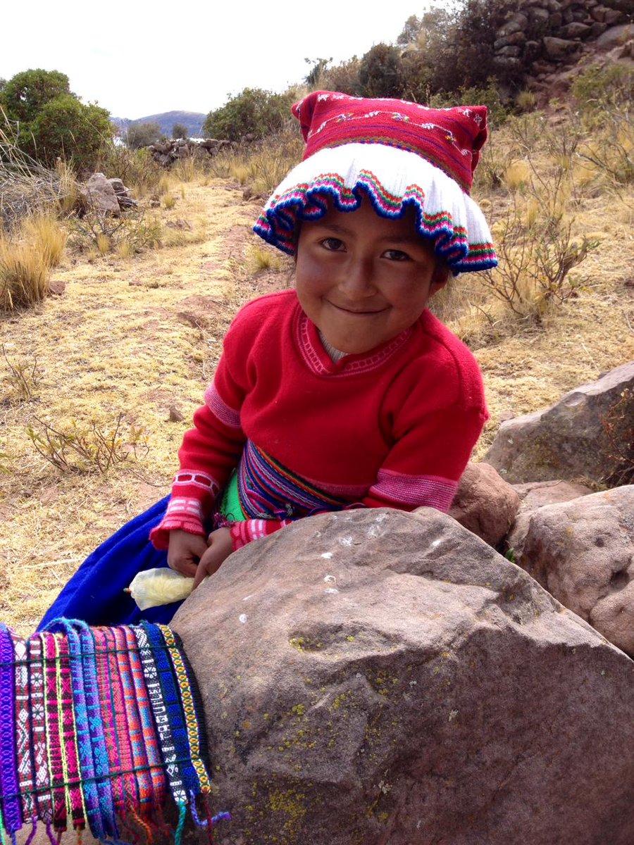 Da, wo man(n) strickt: Das einzigartige #Leben auf der Insel #Taquile. http://t.co/WwuAMjkTWp http://t.co/LIWj3QKPCa