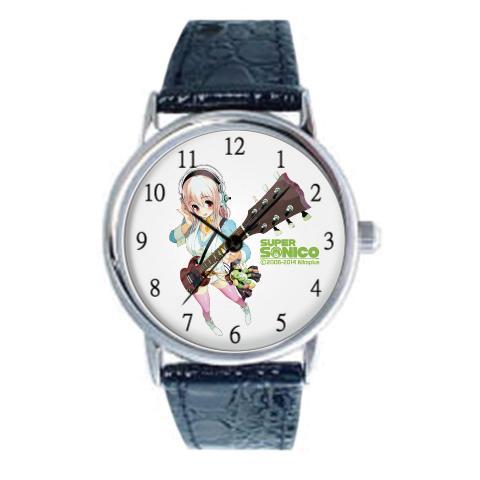 すーぱーそに子グッズに大人の時計シリーズが登場!牛革バンドの腕時計は文字盤にピンク色でそに子があしわられており、普段から身につけていたいあなたにおすすめです。フルカラーバージョンもご用意★http://t.co/gS4Y6Q1kne http://t.co/JGCUw6Lo18