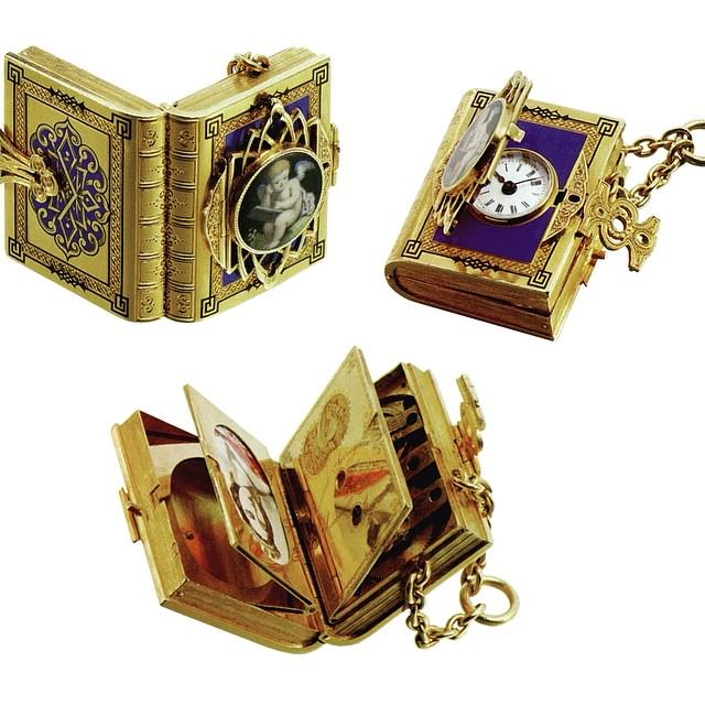 Treasures from the GP Museum, 19th century book watch pendant #watches  #watchhistory http://t.co/CfyPEXg6oX