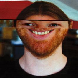 News: Aphex Twinのものと思われる110曲の未発表音源が全てダウンロード可能に! http://t.co/gvYv4lFq1O http://t.co/MyOIchyZqF