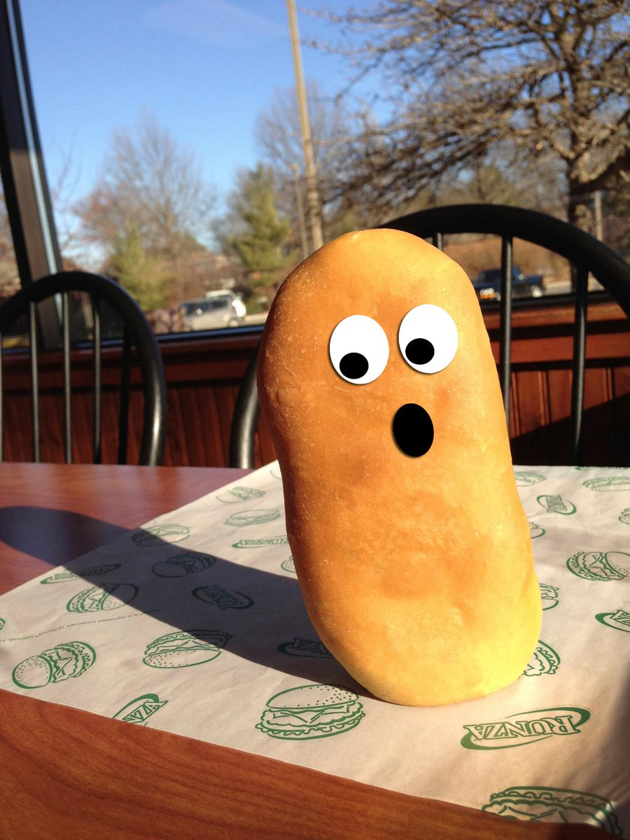 Runza® Sandwich sees his shadow, predicts 4 more weeks of Temperature Tuesdays! #Runza #TempTues http://t.co/GpcuWt5E69
