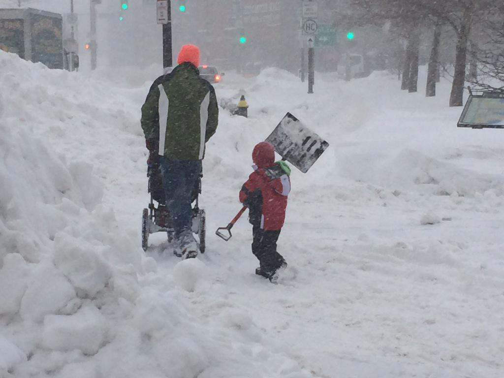 This little guy's got his work cut out for him today. #CNNSnow http://t.co/lwJ4X5yZsL