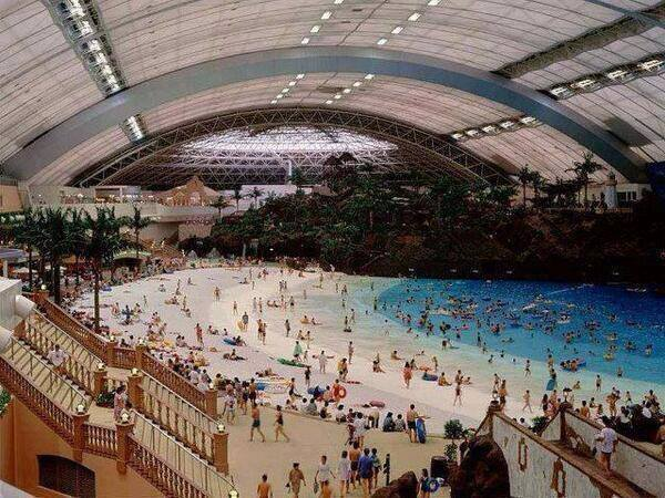 In Japan, they have an indoor man-made beach. http://t.co/jVQ1bC5i8w