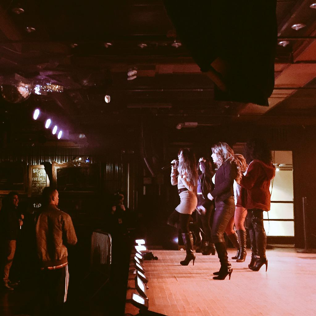 My girls doing what they do best at soundcheck #FifthHarmony #spacebar @WebsterHall http://t.co/QROxzeE714