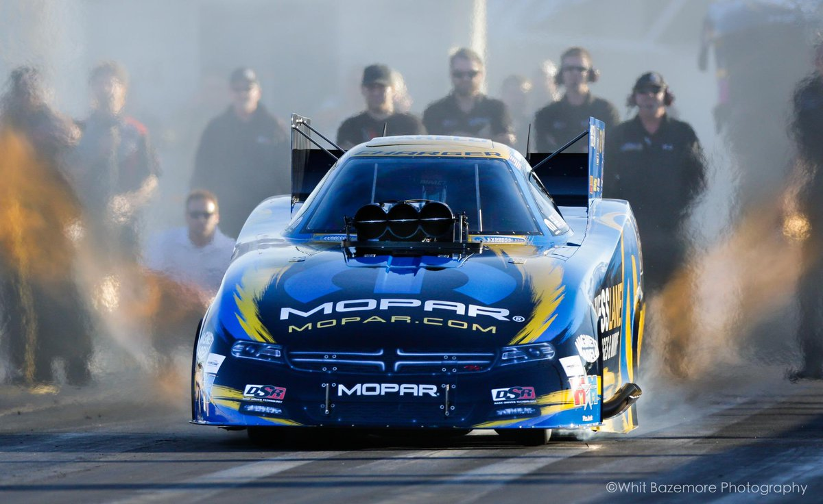 Haven't said this in awhile... It's race week!! RT if you are ready for the @NHRA #WinterNats! #NHRA @MattHagan_FC http://t.co/mjlidxWjqz