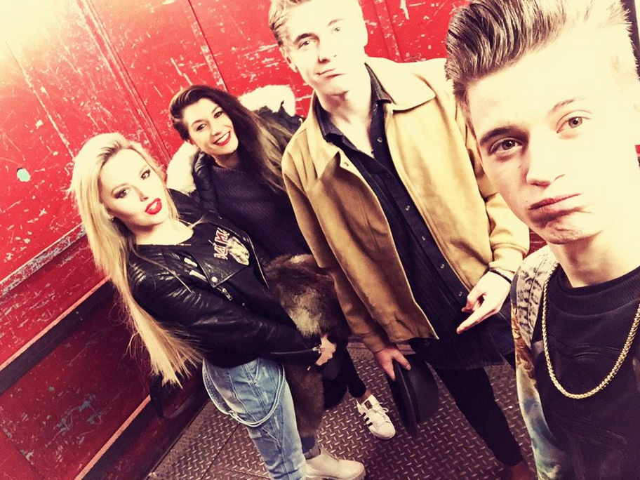 Meet #OnlyTheYoung @TheXFactor Live Tour tweet #TalkTalkFibreFast to enter. Photo RT @OTYOfficial http://t.co/iPbaUMDSZg