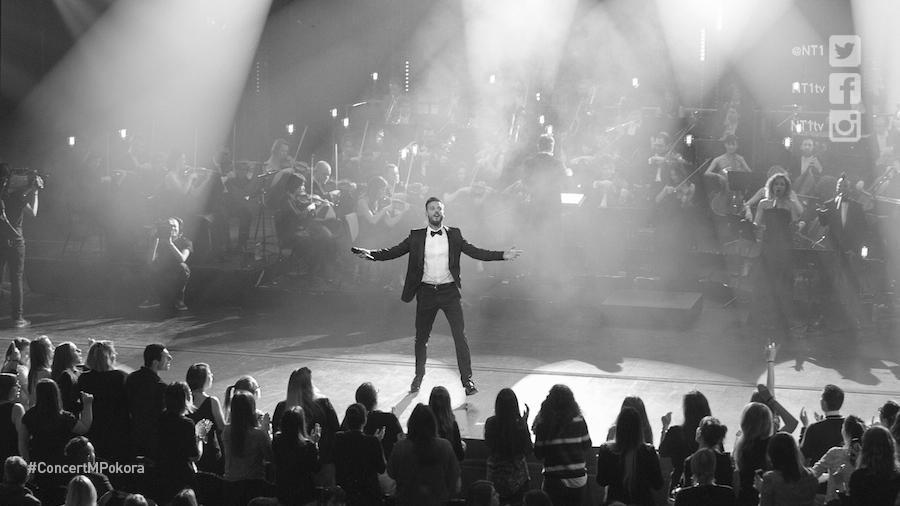 Mardi 24/02 #NT1 diffuse le concert de @MPOFFICIAL enregistré au Chatelet pour ses 10 ans de carrière #ConcertMPokora http://t.co/nhogJOyPVt