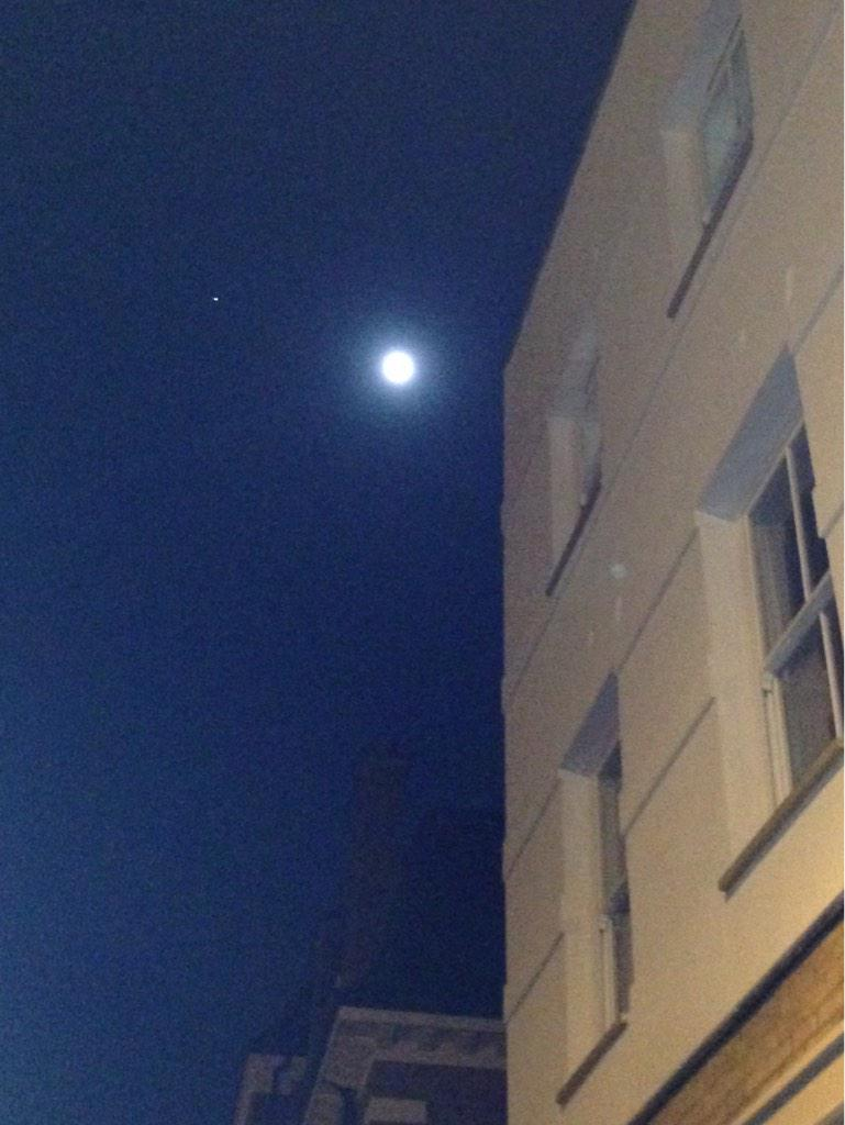 Go outside and look to the left of the Moon. You'll see Jupiter http://t.co/LX24Qj8d9R