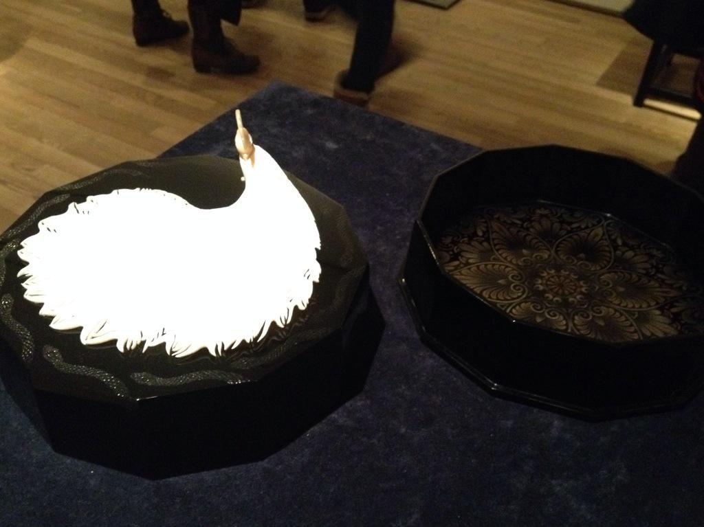 《第63回東京藝術大学卒業修了作品展より(6)》金井麻央さん。事前のツイートで中静さんと金井さんの展示は見に行くよう書いてはいましたが、金井さんも期待以上の良作でした。まさに珠玉。 http://t.co/9oEOsC006I