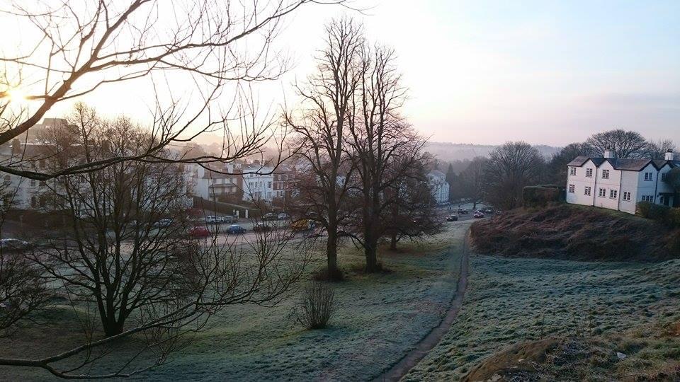 Good morning frosty world! #TunbridgeWells http://t.co/kLcx0H91s5