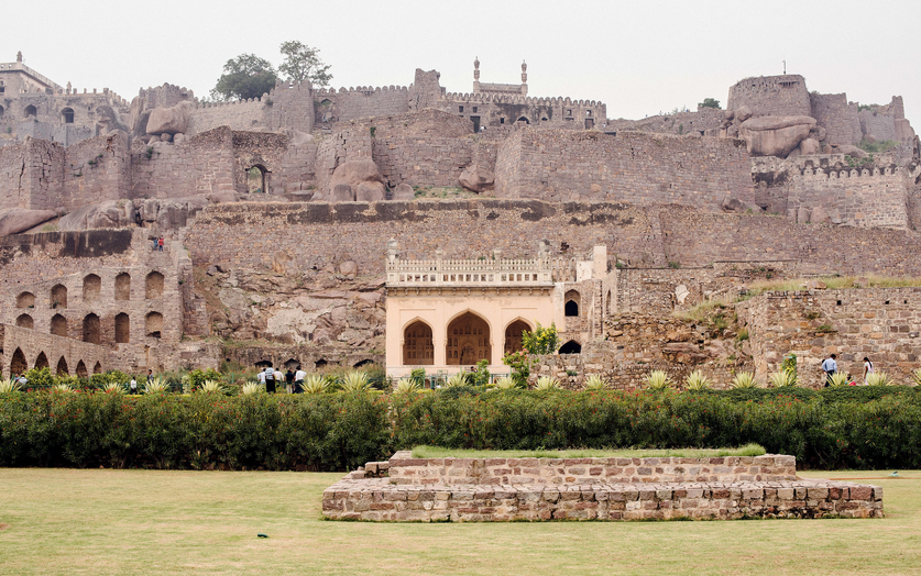 A glimpse at Hyderabad's former glory @BySarahKhan. (Ryan Dearth for NYT)