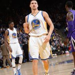 Klay Thompson sets an NBA RECORD w/ 37 Points in just ONE Quarter (50 Total)- Its madness at the Oracle! http://t.co/FT67skYV7p
