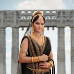 Guna Sekhar is planning to release Rudrama Devi in the last week of March 2015