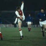 #AjaxKalender: Vandaag 42 jaar geleden won #Ajax zijn eerste Europese Supercup tegen Glasgow Rangers.