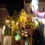 Massive response to .@DrKumarVishwas at Lakshmi Nagar. #DelhiWantsDebate http://t.co/HCBypWbBl2