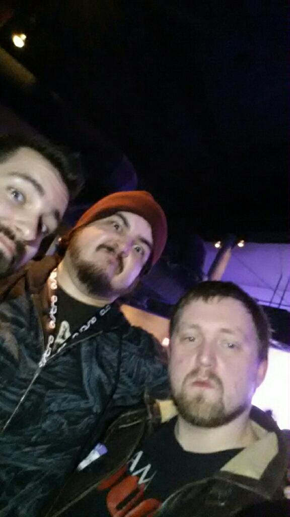 Oh man dat face so awesome w/ @GassyMexican and @Mamasp00n http://t.co/bmA0q0xFqH