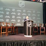 OFFICIAL: The NHL & @NHLPA announces the 2016 World Cup of Hockey and 2016 Bridgestone NHL #WinterClassic. http://t.co/CI9I3NkRZ7