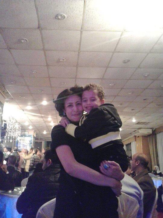 This is Shaima with her son, Bilal. Police in Egypt just killed her in broad daylight meters away from where I live. http://t.co/blLRMNE3qP