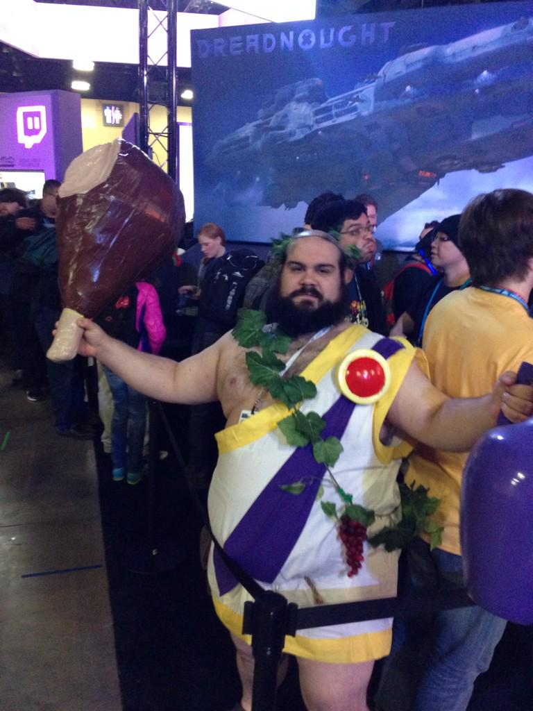 Probably the best @Totalbiscuit cosplay I've seen here yet http://t.co/RS3gTwivsD