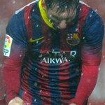 Messi en el partido de hoy dos goles y dos asistencias ! Cristiano en el partido de hoy dos puñetazos ! @PasionFCB http://t.co/ny38NwB8bf