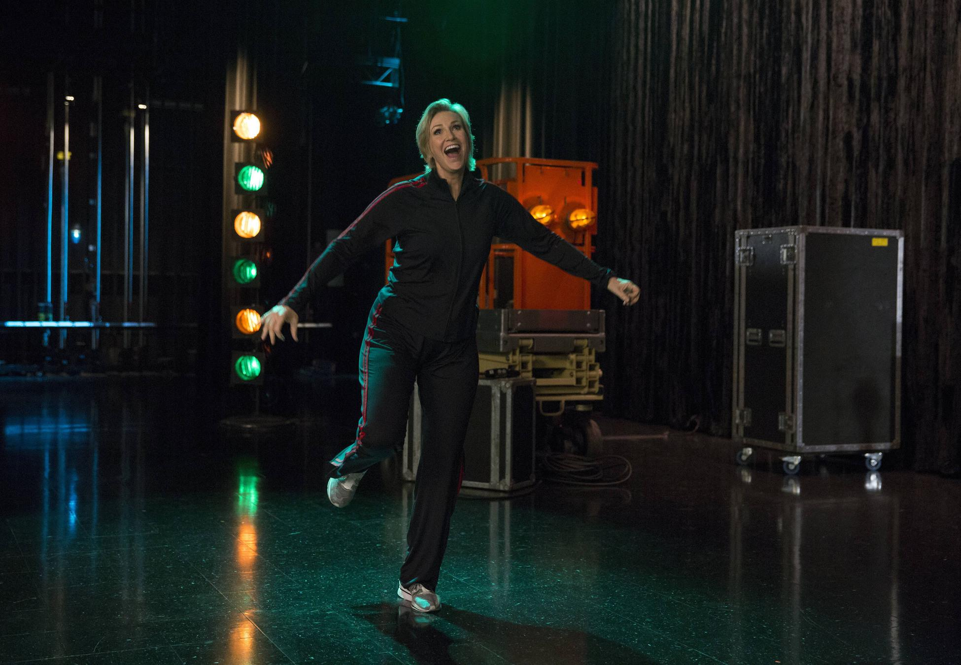 Sue could not have picked a better song to perform. What was your favorite moment from last night? #glee http://t.co/1N6g38ySwH