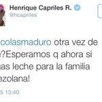 """(FOTO) La familia venezolana aclara a @hcapriles que """"si quiere leche es cosa suya, pero que no nos meta en sus peos"""" http://t.co/ylKymjyAaZ"""