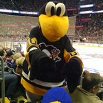 Shoutout to our favorite mascot, Iceburgh. He played some quality hockey in todays Mascot Game. http://t.co/QXNg5JS2CH