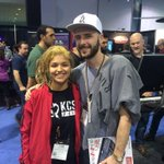 Woaaaaaaaah, our social media director met @OVO40 right now during #NAMM2015 ???? http://t.co/AVW9oTioZ8