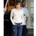 Love these Boyfriend Jeans I wore in #TheBoyNextDoor. Get them from @Kohls here: http://t.co/vQKZC5A0xc http://t.co/2EeTc0xFEN