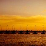 Sunset on the bridge. Queen Emma Bridge #Curacao http://t.co/Oc9xOsSt7h