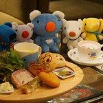 [明日オープン] フランス生まれの人気キャラ、ペネロペのカフェがタワレコ渋谷にオープン - http://t.co/Yw14wmwi3U http://t.co/A8mCnvlJze