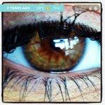 Hace dos años mi ojo, la puerta de mi alma, es linda? Tenía 4 meses de embarazo http://t.co/X7aTkb1DB7 http://t.co/83iKGvxklK