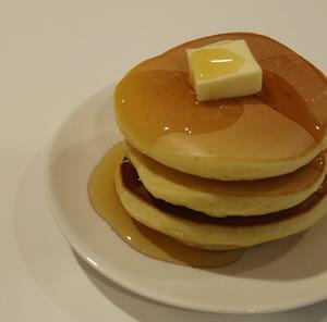 1月25日は「ホットケーキの日」。今日のおやつにいかがですか? ホットケーキレシピ、ホットケーキミックスアレンジレシピはこちらでチェック! http://t.co/ldJ9fvFMWp http://t.co/wQXTlLnj5D