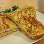 【ブログ】フレンチトースト風、カナダ産サンドイッチ「モンティクリスト」 http://t.co/9kdQZbSAHb http://t.co/gkXgnqwBW1